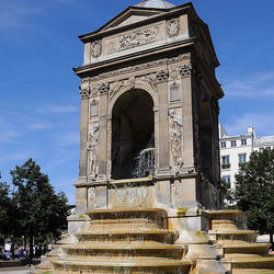 Histoire d'eau : fontaines d'hier et d'aujourd'hui (Parcours rive droite)